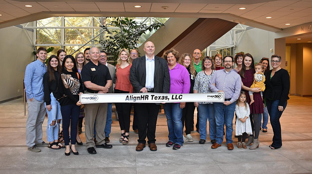 AlignHR Texas, LLC had their official ribbon cutting ceremony with The Woodlands Chamber of Commerce, The Woodlands, Texas, on December 4, 2021.  Chamber members, family and friends attended.